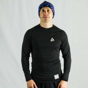 ioMerino Mens Long Sleeve Altitude Crew | IO Mens LS Crew Charcoal 1